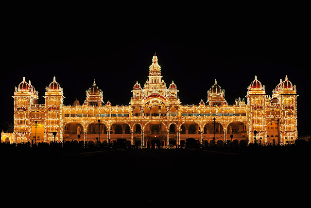 Mysore Palace illumination in Dasara festival