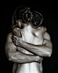 Η αγκαλια σου και μονο...