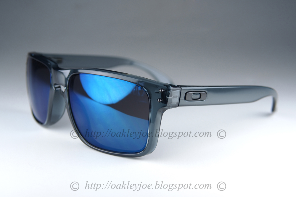 oakley holbrook polarized ice iridium