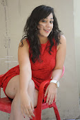 Saba Saudagar Glam photo shoot in red-thumbnail-3