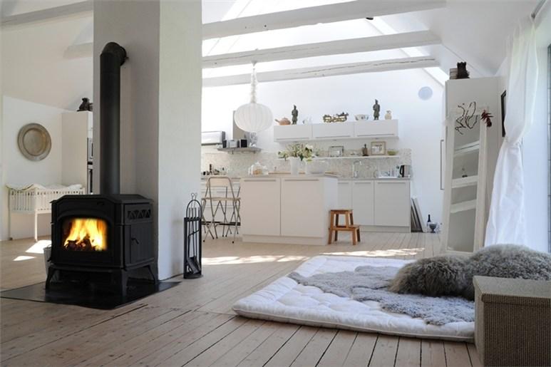 conceptbysarah alter hof mit modernem kleid. Black Bedroom Furniture Sets. Home Design Ideas