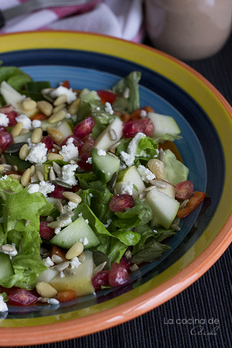 pomegranate-pear-pinenuts-salad-pomegrante-dressing