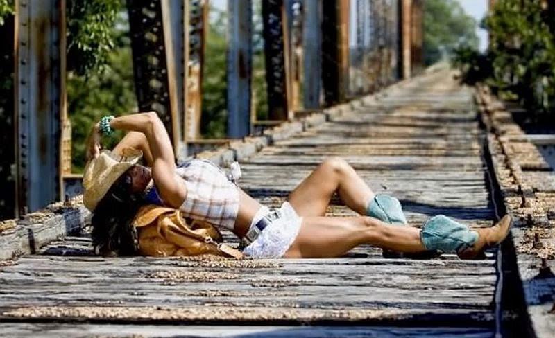 Sondra Hopkins - Fitness Model