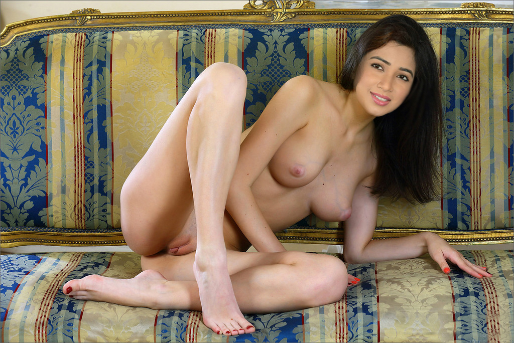 Pooja Chopra Nude