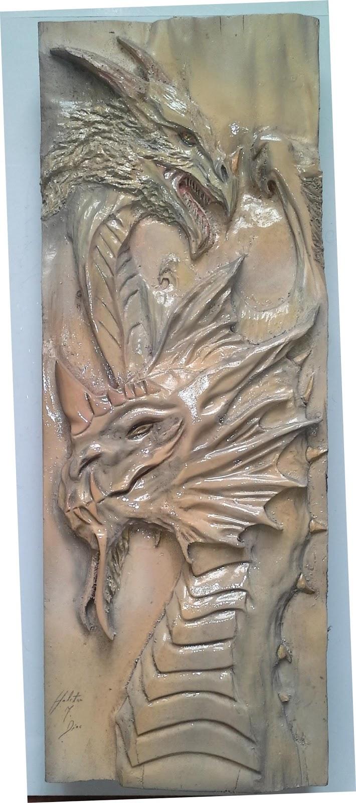 dragão de madeira