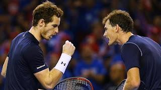 Andy Murray y Jaime Murray tenis online