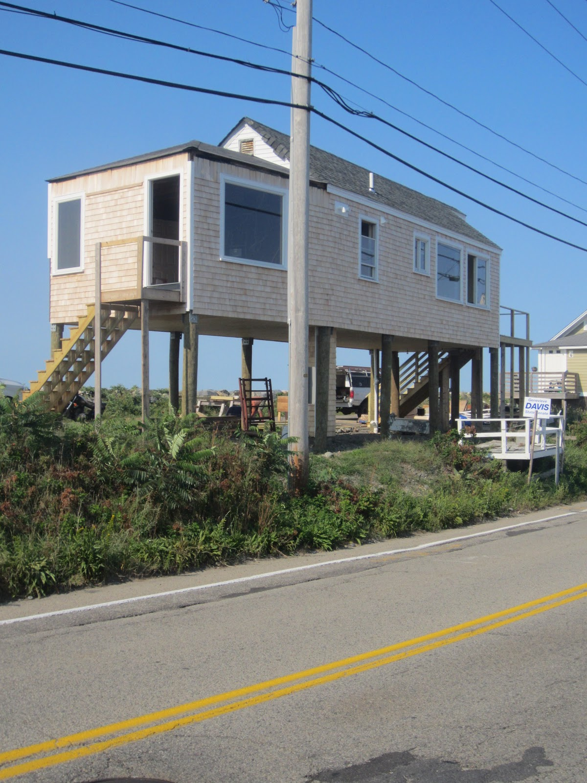 You can all go to hull check out this for Small beach house on stilts