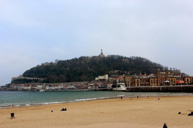 Playa de la Concha y Monte Urgull
