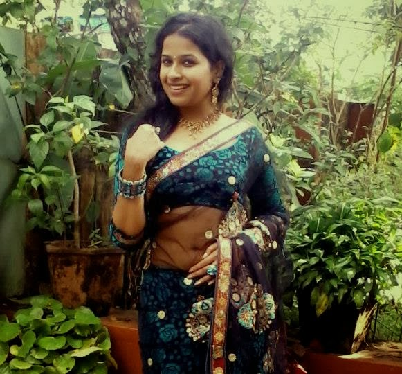 Actress Hot Navel S Gallery In Saree Malayalam