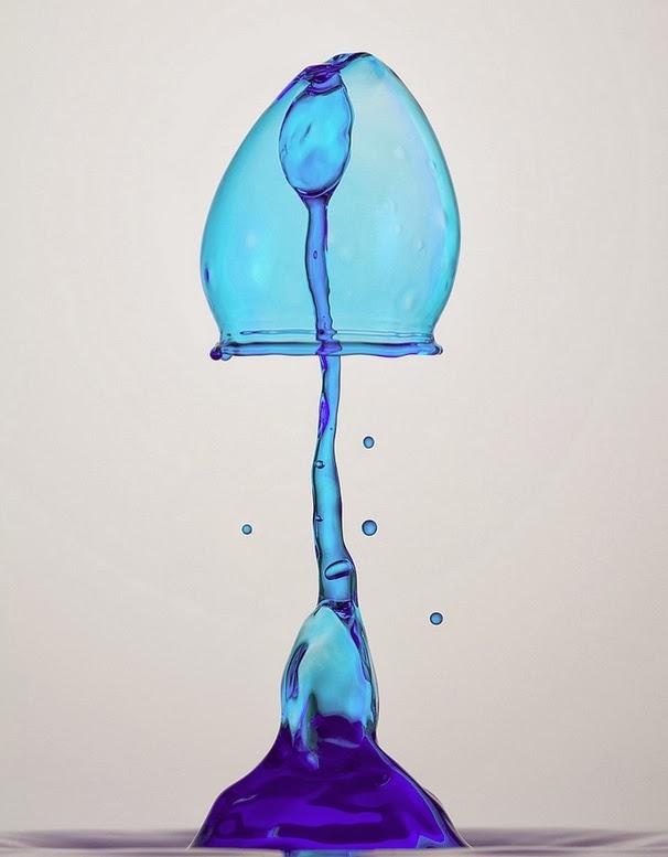 20-German-Photographer-Heinz-Maier-High-Speed-Water-Sculptures-www-designstack-co