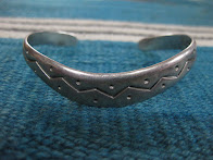 around 50's            NAVAJO             SILVER BANGLE