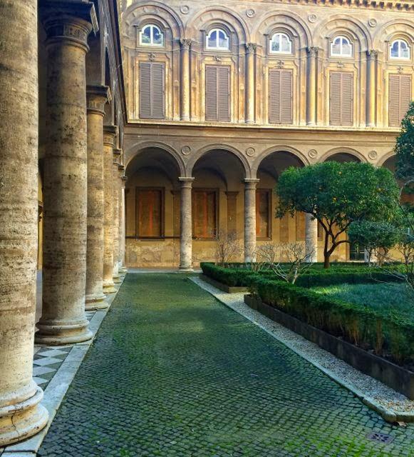 Courtyard Palazzo Doria Pamphilj // Rome