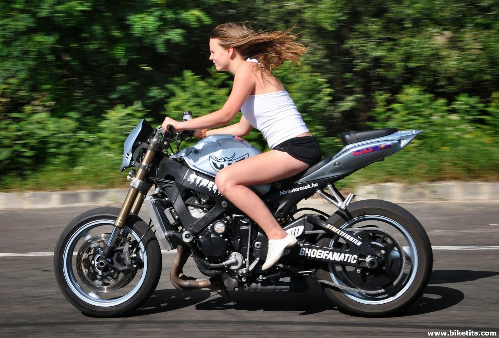 PIRDOT Kumpulan Foto Cewek Cantik Bikers Motor Gede Moge