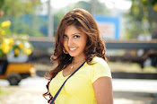 Komal Jha unseen photos gallery-thumbnail-13
