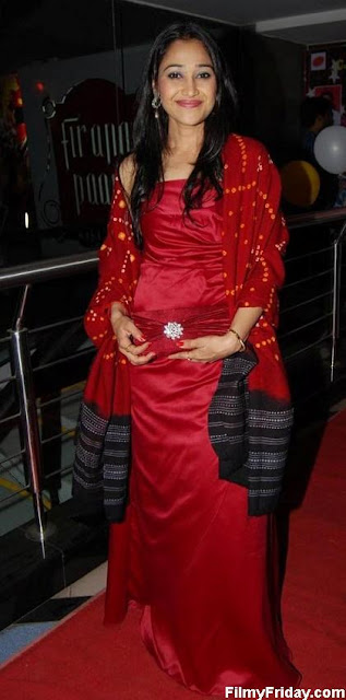 disha vakani hot pics