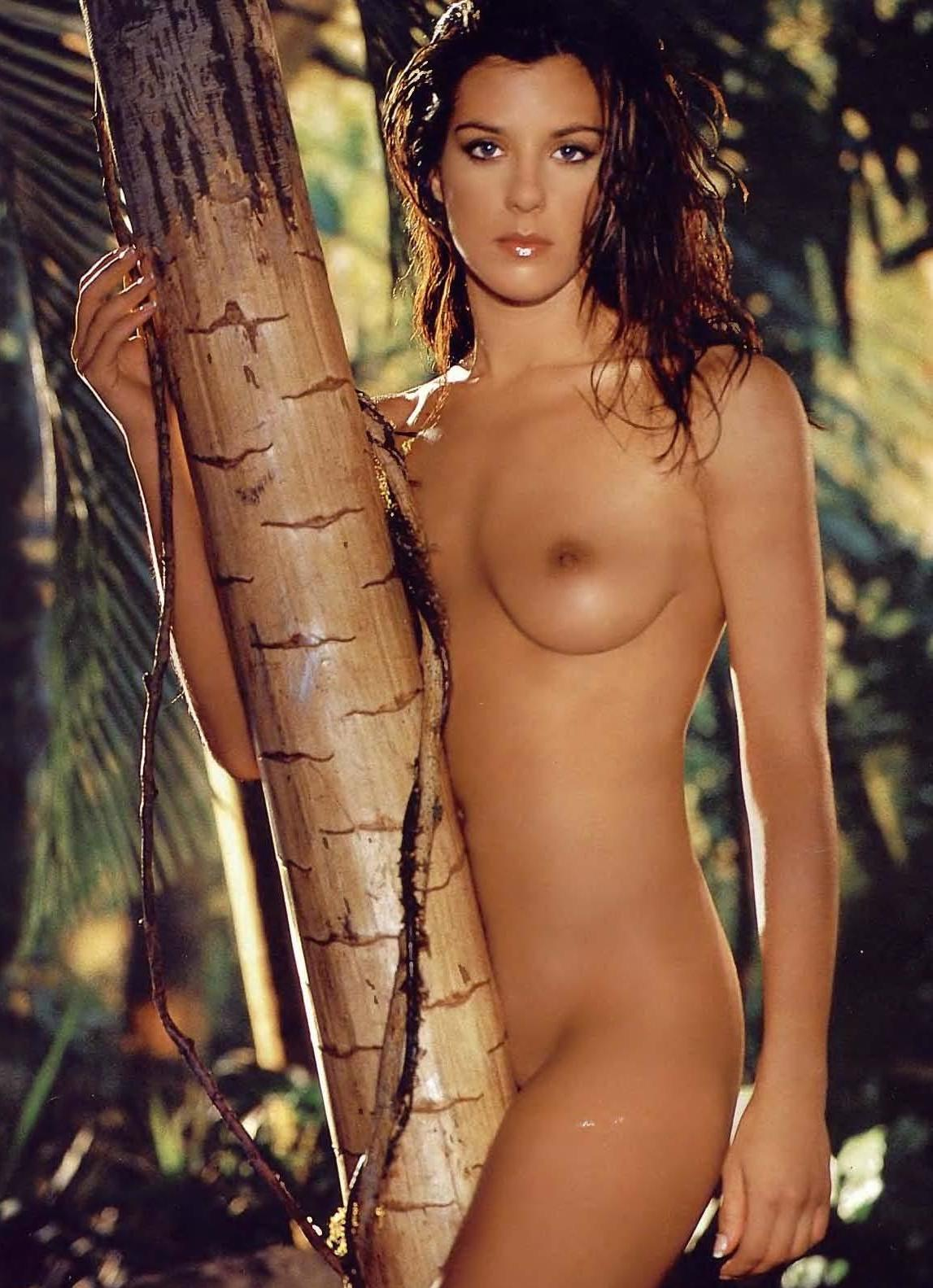 Sarah jones survivor nude