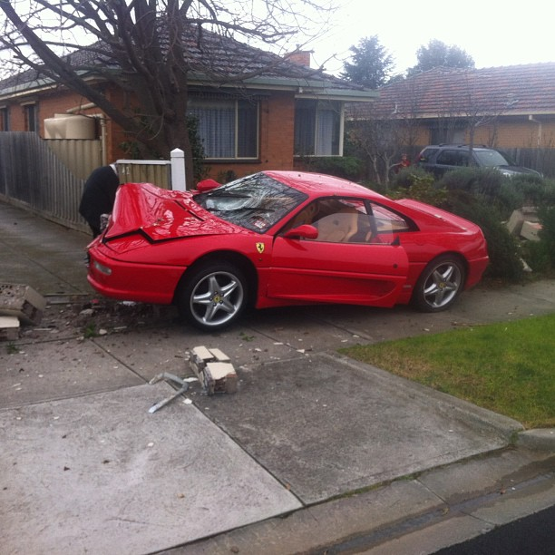 Wrecked cars for sale melbourne 4