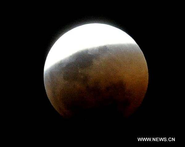 Lunar Eclipse over Pretoria 6-15-11