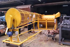 Mesin Pengurai Sabut Kelapa ( 4 ' ; 5'; 8 ')