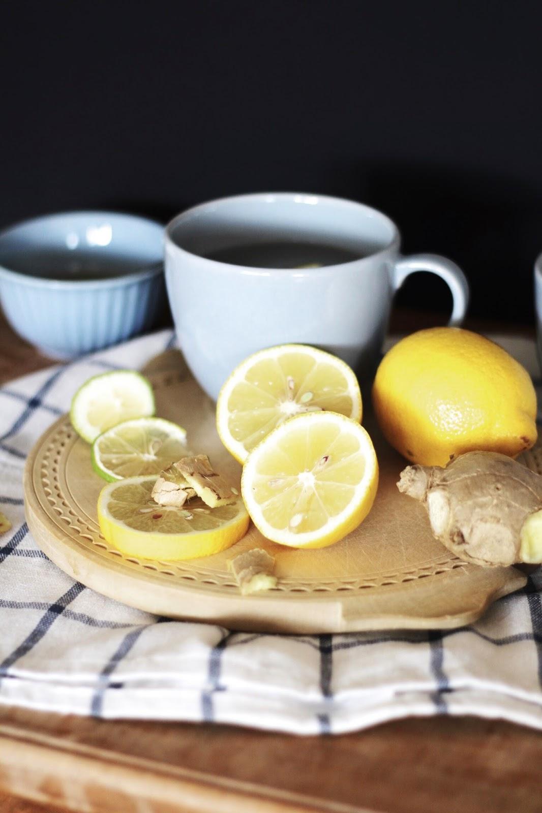 ingwer zitronen tee mit honig oder ein unschlagbares trio sims labim. Black Bedroom Furniture Sets. Home Design Ideas