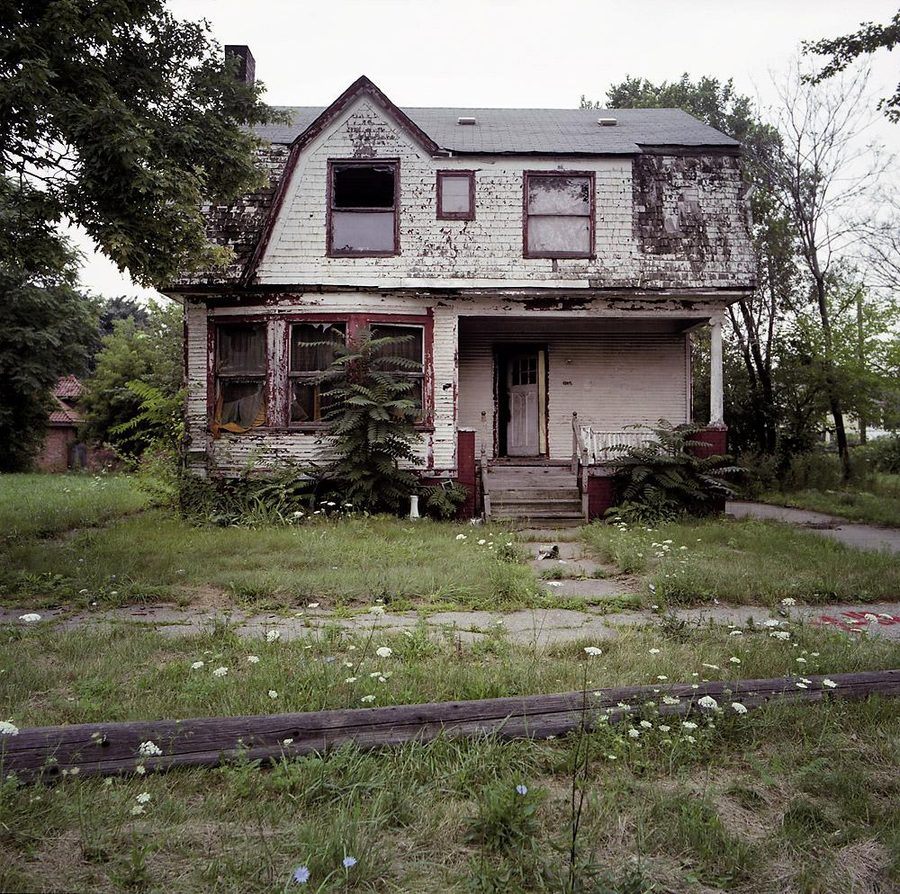 Reed Avenue Abandoned%2Bhome