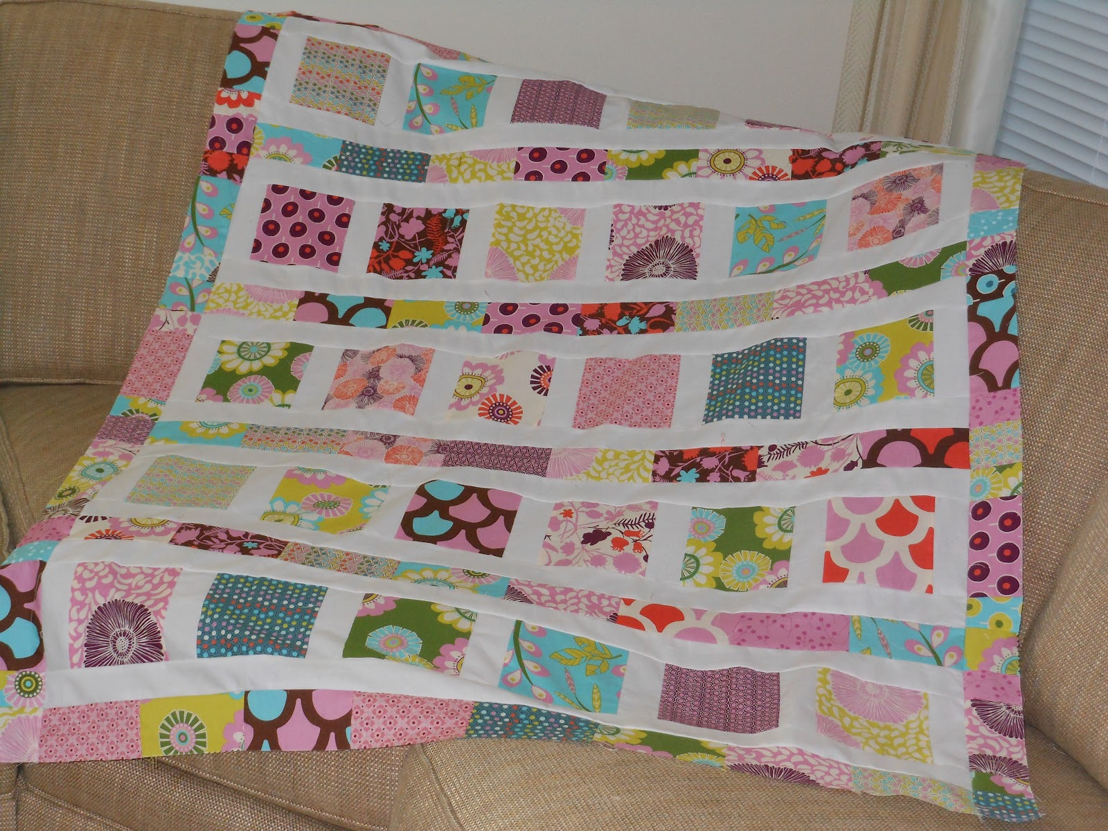 Modern Quilt Patterns For Beginners : Modern Material Girl: A Month of Quilt Tops: DAYS 23-25: Sugar Pop!