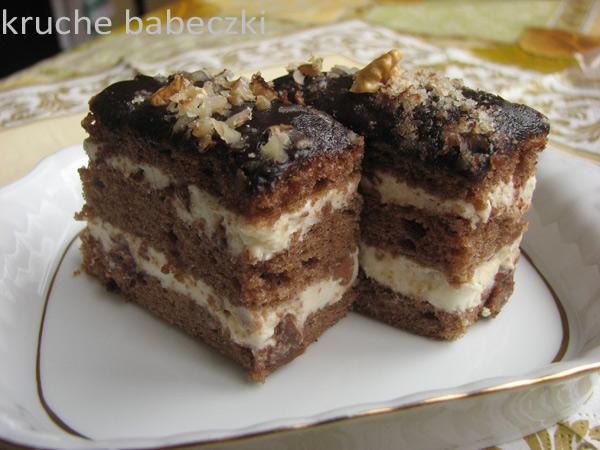Ciasto kakaowe z masą białą