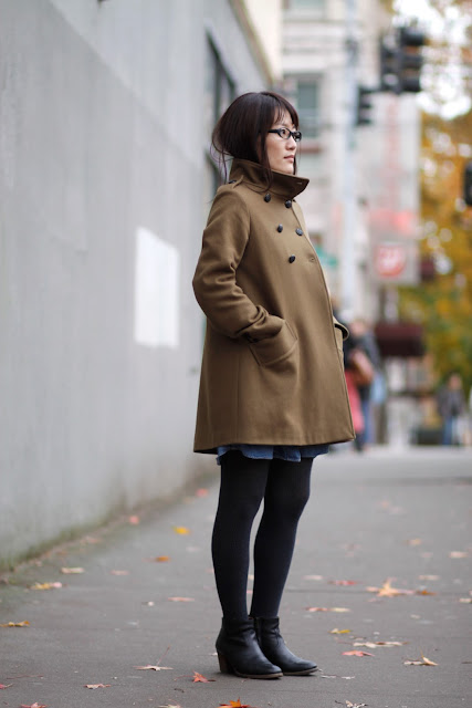 Yumiko Menikoff camel coat Seattle street style fashion ankle boots it's my darlin'