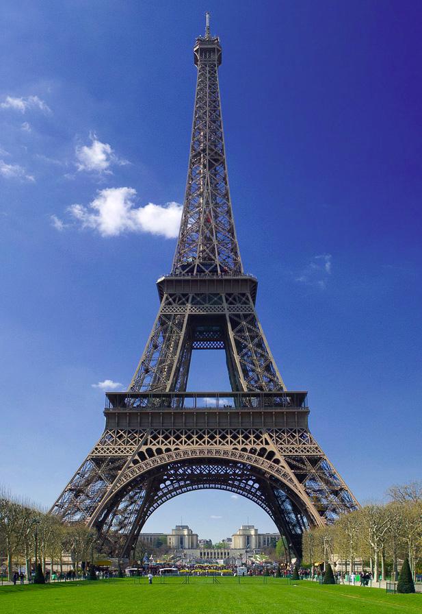 Foto-Foto Terindah Menara Eiffel Paris, Prancis
