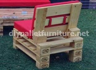 Muebles para el jard n con palets for Confeccionamos muebles de jardin en palets
