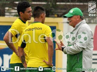 Oriente Petrolero - Alcides Peña - Rodrigo Vargas - Xabier Azkargorta - DaleOoo.com sitio del Club Oriente Petrolero