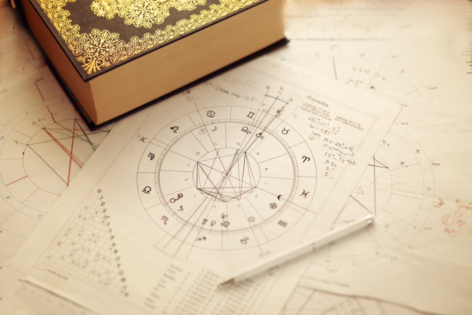 Астрологични консултации, курсове и семинари