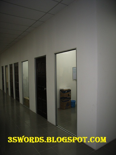 Gypsum Partitions With Glass : Gypsum board partition glass on the wall