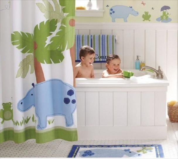 Home christmas decoration 11 bathroom designs for kids for Boys bathroom designs