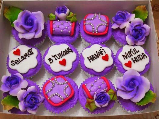 Purple Fondant cupcake