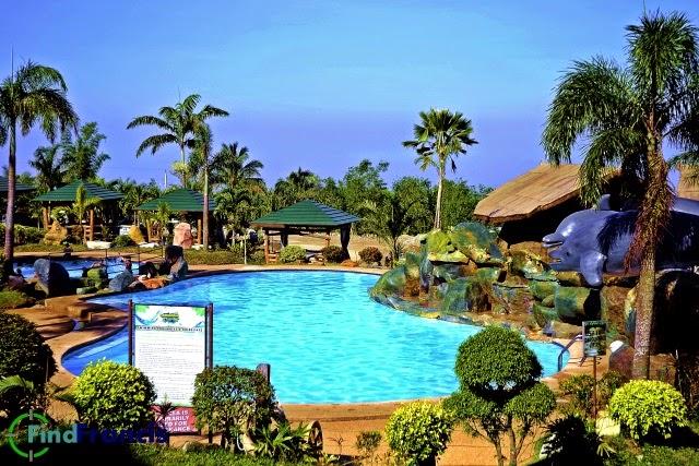 Campuestohan Swimming Pool