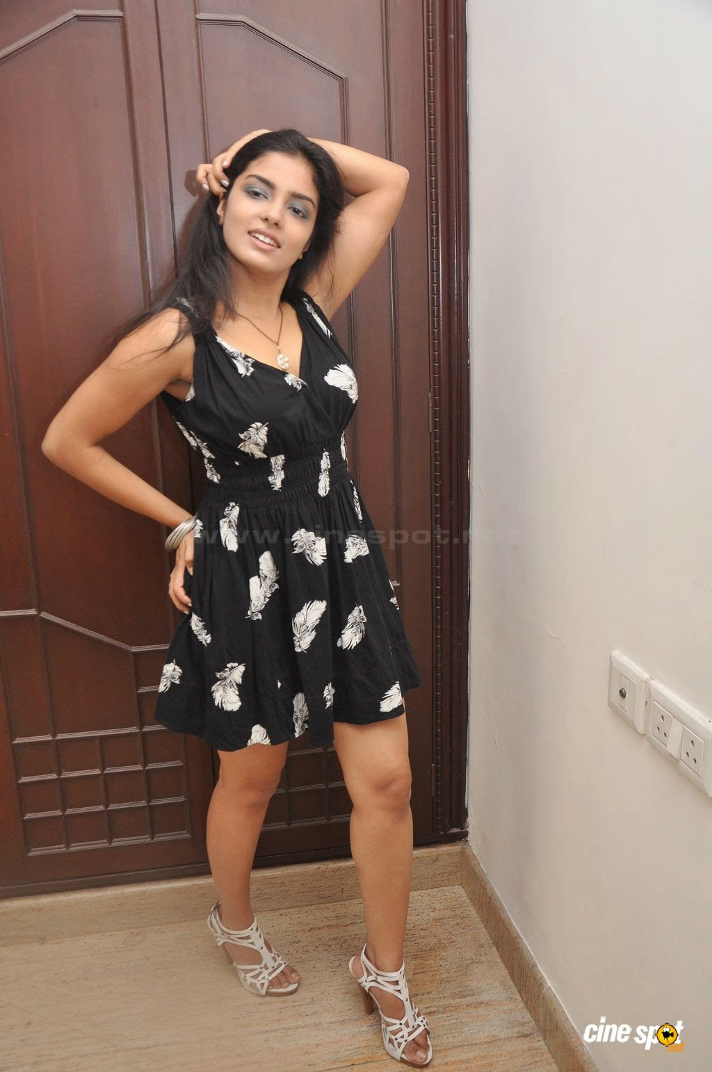 Janavi Looking Hot in Black Dress