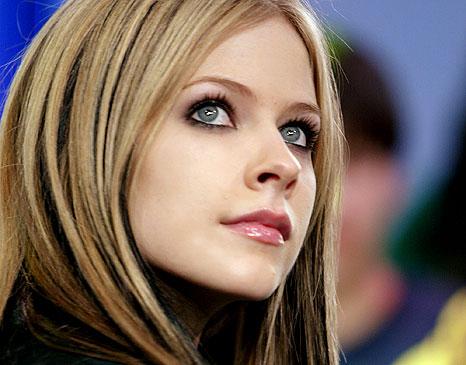 Avril Lavigne 13. Avril Ramona Lavigne