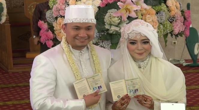 Gambar Nuri Maulida dengan Pandu Kusuma Dewangsa Menikah