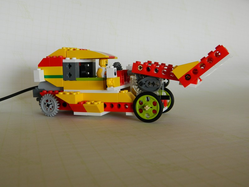 Wedobots Lego Wedo Designs For The Busy Teacher Bulldozer