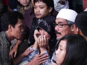 Foto-foto terbaru korban Sukhoi, keluarga dan evakuasinya