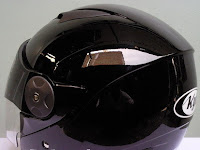 Antara Security dan Helm