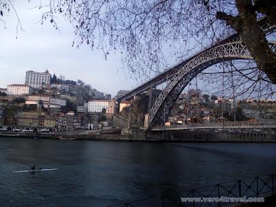 Puente Luiz I, rio duero, Oporto. Foto tomada desde Vila Nova De Gaia.