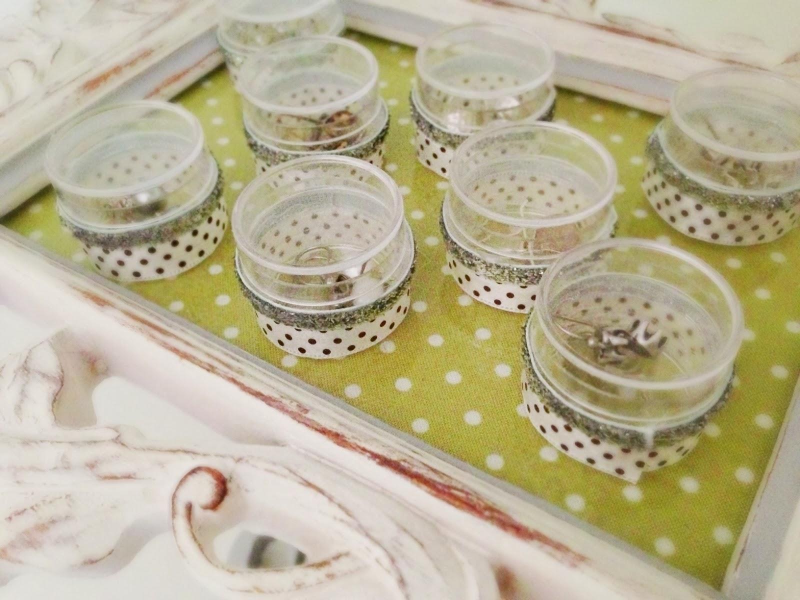 Recycled Christmas Decor Using Plastic Bottles Jewelry Holder Hy Nester