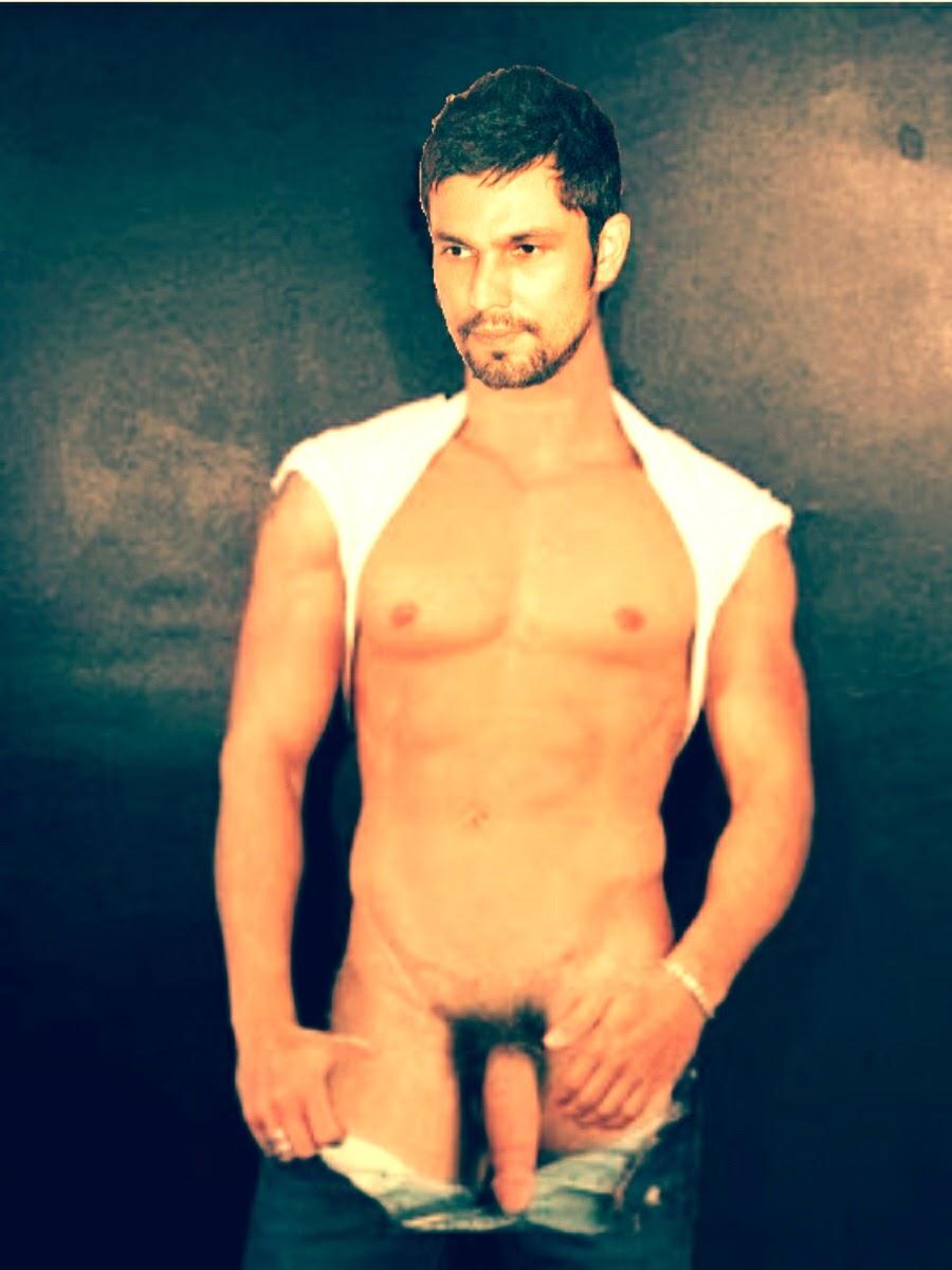 Фото с полу голыми мужиками 26 фотография