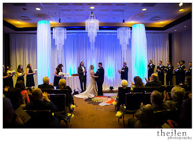 Modern Elegance wedding ceremony l Theilen Photo l Atlantis Reno l Take the Cake Event Planning