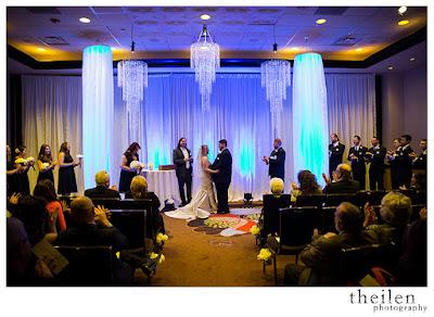 Modern Elegance wedding ceremony l Theilen Photo l Atlantis Reno l Take the Cake Event Planning