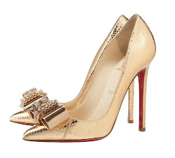 LOVE LOUBOUTIN