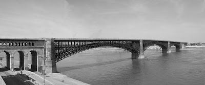 Eads Bridge in St. Louis