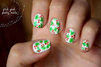 http://fckyeahprettynails.blogspot.hu/2013/12/the-getting-ready-for-christmas_11.html